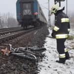 bicikli a sínek mellett - fotó: kiasalfold.hu (képünk illusztráció)