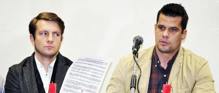 John Marshall és Pető Tibor a sajtótájékoztatón