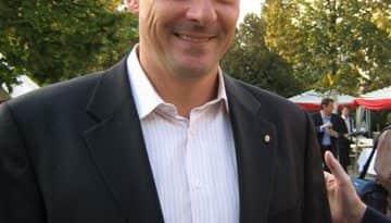 Ma 49 éves Gyulay Zsolt olimpiai bajnok kajakozó