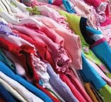 Greenpeace: méreg a luxusmárkák gyerekruháiban