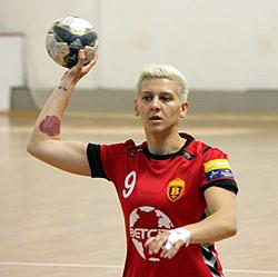 Marija Steriova női kézilabda-250