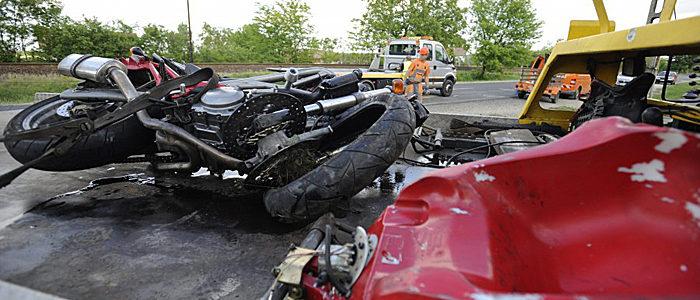 motoros baleset Dabason-700