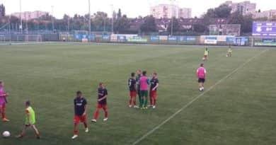 20180729 Balajti Ádám (képünkön elöl, kék mezben) két góljával 2-1-re győzött az NBII első fordulójában a Vác FC a Budafoki MTE ellen