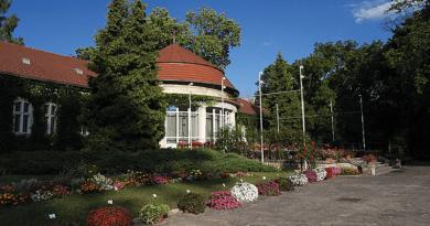 Az ország leggazdagabb botanikus kertjének virágait fotón mutatták meg