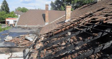 Kigyulladt egy családi ház, a gázpalack is felrobbant