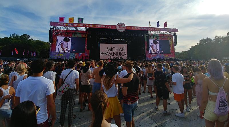 Michael Kiwanuka koncert a Sziget Fesztivál Nagyszínpadán