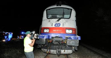 Tragédia a síneken: a képviselő a vasúttal egyeztetett