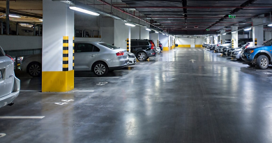 Este héttől reggel hétig ingyenes parkolhatunk a mélygarázsban is