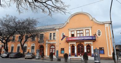 Matkovich Ilona polgármester: nem szűnik meg a színház