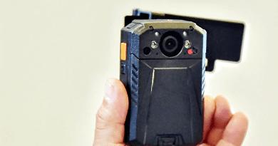 Újabb 66 testkamerát telepítettek új helyszíneken, a váci vonalon már használják