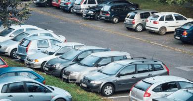 Új társasházak: parkolási szigorítás következik