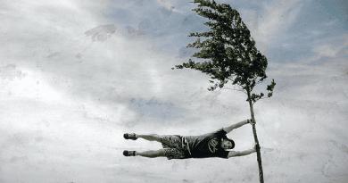 Itt a Ciara viharciklon, vágtázik a szél, dőlnek fák