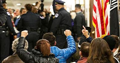Váci köz-tér: Sötét érdekek mozognak a világban