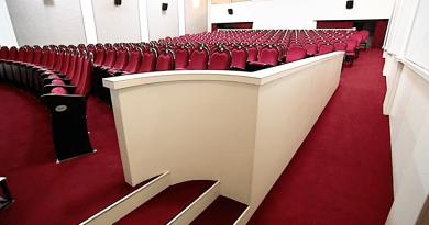 A kormány a színház közös fenntartásához egy előnytelen szerződést kínál