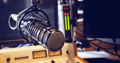 Rétvári Bence: szóljanak tisztán a rádióadások!