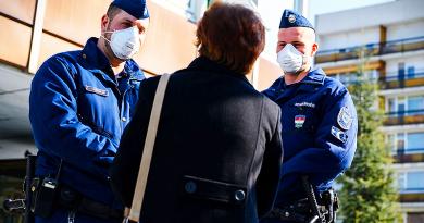 Koronavírus: sok a szabálysértő, jól döntöttek a polgármesterek