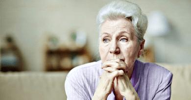 Alzheimer-kór: négy fontos tünet, amire nagyon oda kell figyelni