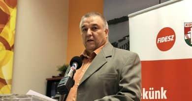 Mokánszky Zoltán szerint három határozat jogsértő, Ferjancsics László szerint ez valótlanság