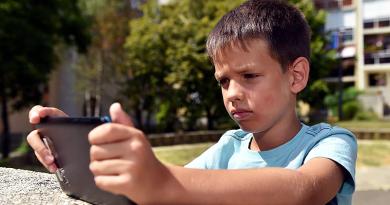 Előbb-utóbb jön a nyár, a vakáció akár veszélyes is lehet a gyermekek számára