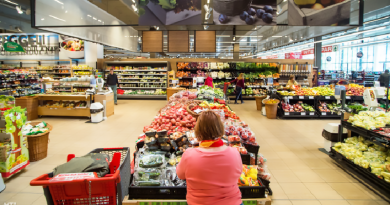 Minden zöldségre és gyümölcsre ki kell majd írni a boltokban, honnan jött