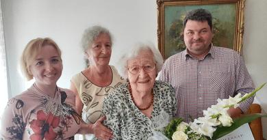 A szépkorú Fábián Zoltán Lajosnét köszöntötték születésnapján