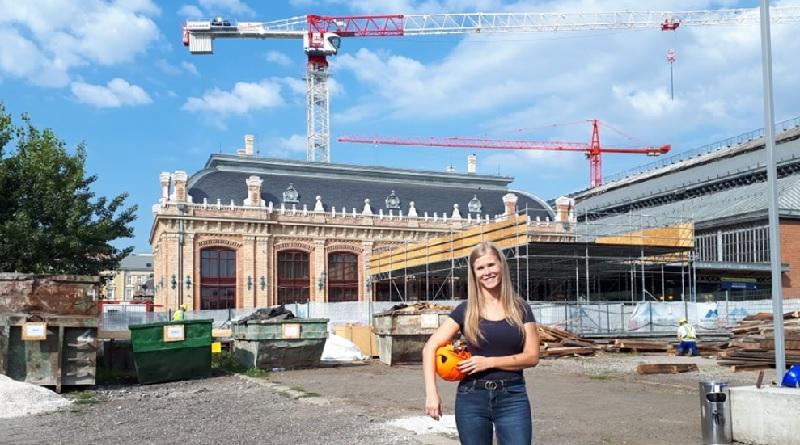 27 éves váci lány a Nyugati pályaudvar tetőfelújításának művezetője