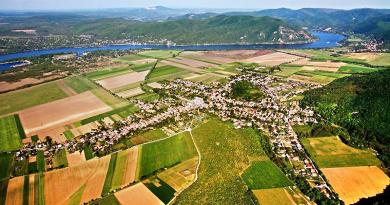 Egy váci cég bányászna kavicsot Pilismaróton, a teljes faluvezetés lemondott