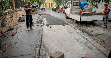 Újabb parkolóhelyeket alakítanak ki a belvárosban