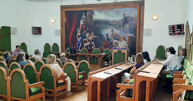 A járványhelyzetről tájékoztatták a kulturális intézmények dolgozóit