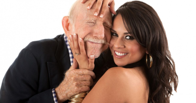 Rászedte az idős férfit, kisemmizte vagyonából – az ügyészség perel