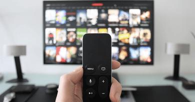 Elindult a SzínházTV, ami a nézők nappalijába varázsolja az élő színházi élményt