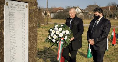 A kommunizmus áldozataira emlékeztek Vácon is