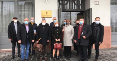 Matkovich Ilona ismertette a konkrét váci költségvetési problémákat Gulyás Gergelynek