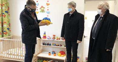 Újabb minibölcsődei csoportszobát adtak át Vácdukán
