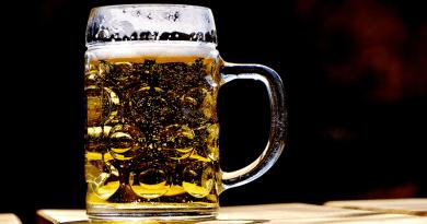 Leszoktak a magyarok a sörről: csökkent a gyártók forgalam