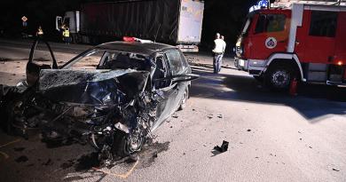 Meghalt egy teherautóval karambolozó sofőr Vácon