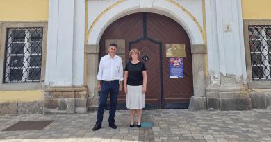Folytatódó polgármesteri tárgyalások: Márki-Zay Péter Vácon járt
