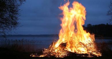 Két megye kivételével visszavonták a tűzgyújtási tilalmat