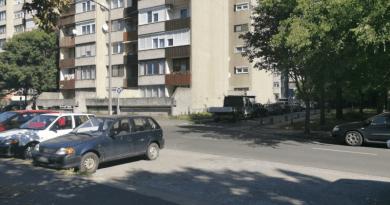 Újrafestik a Földváry téri lakótelep parkolóhelyeit