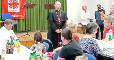 Ezer rászorulót látott vendégül a Váci Egyházmegyei Karitász