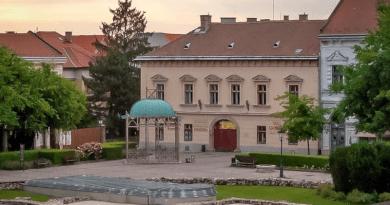 Pályázatot hirdet a váci önkormányzat védett épületek felújítására