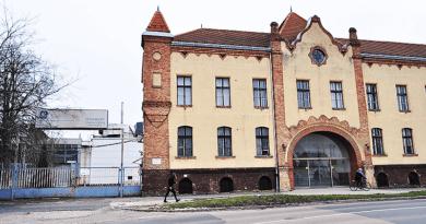 Tungsram váci gyára: hosszútávú megoldást keresnek