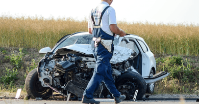 Teherautó ütközött személyautóval az M2-es autóúton
