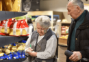 Már rendeletet is alkottak róla: visszatér az idősek vásárlási sávja