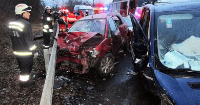 A jeges út vagy a gyorshajtás okozta a balesetet?