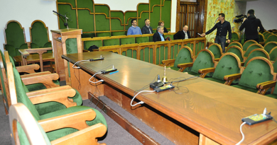 Csak az ellenzék jelent meg a rendkívüli testületi ülésen
