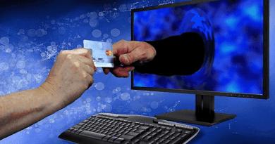 Ismét e-mailes csalókra figyelmeztet az adóhatóság