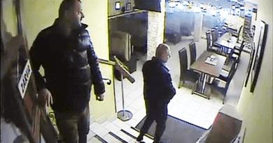 Egy váci étteremben loptak el egy csomó pénzt