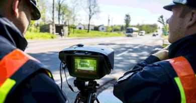 Felmérés: csak a traffipaxnál lassítanak az autósok
