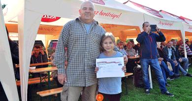 Tízezer eurót nyert a záróversenyen egy penci galambász Vácott